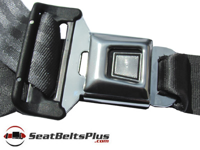 Jeep Wrangler 3pt Retractable Front Seat Belts.